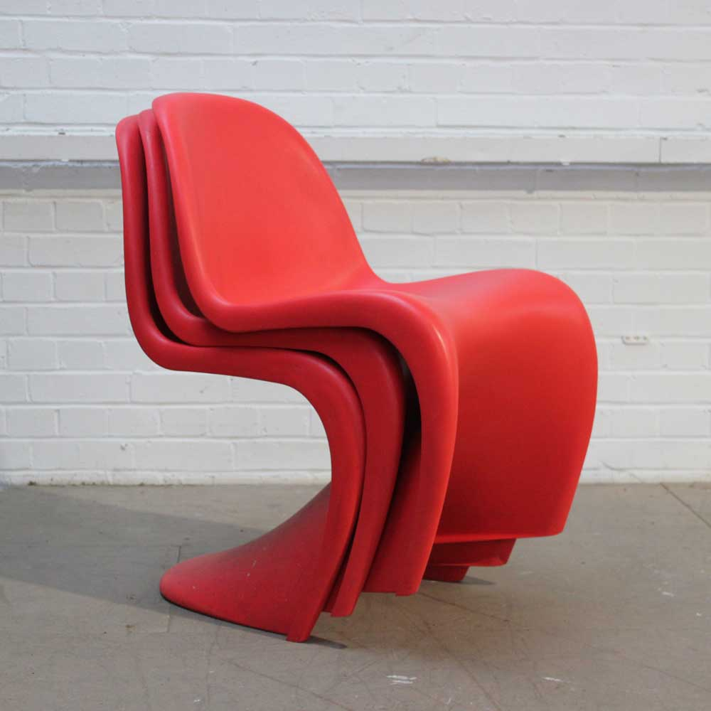 vitra panton chair red plastic chair red curvy chair. Black Bedroom Furniture Sets. Home Design Ideas